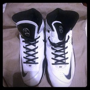 Nike zoom football trainer. High top sneakers